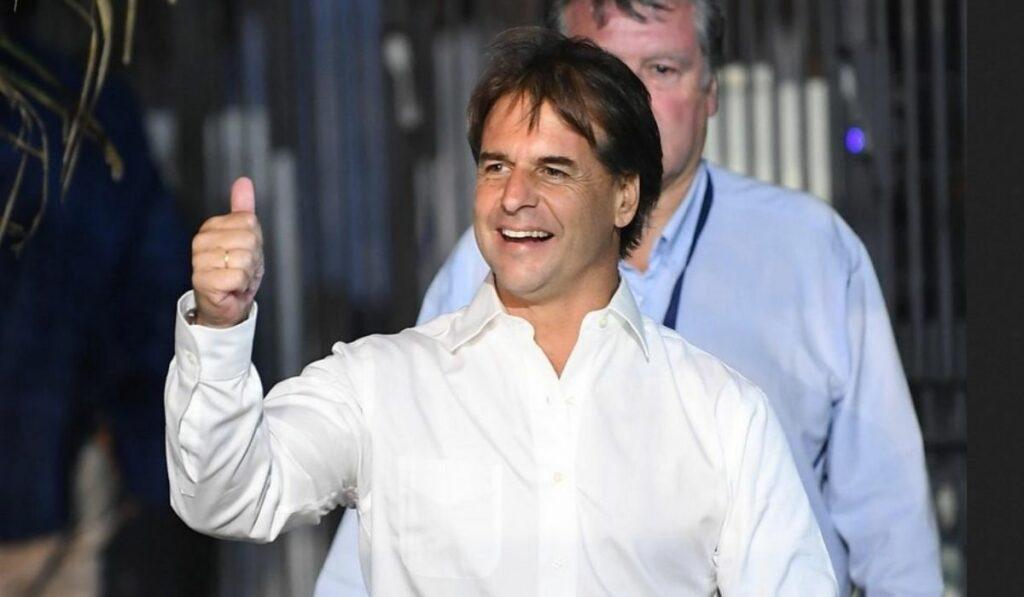 Presidente de Uruguay: Cuenta con 54% de aceptación en su gestión