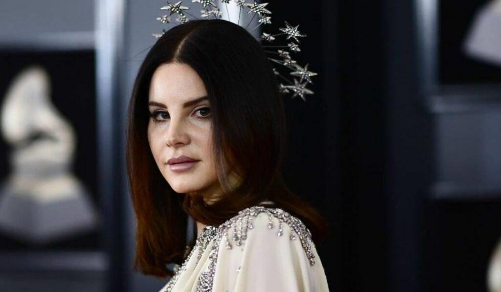 """La cantante Lana del Rey presenta su proyecto """"Rock Candy Sweet"""""""
