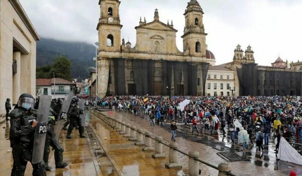Protestas en Colombia: Manifestaciones por reforma tributaria de Iván Duque