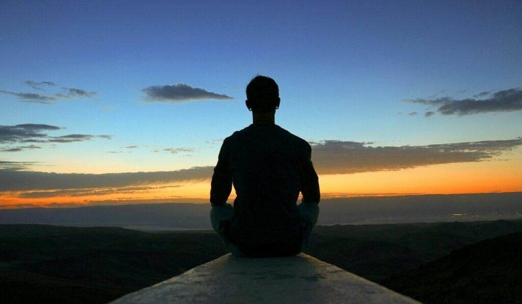 Aprende cómo puedes empezar a meditar desde cero
