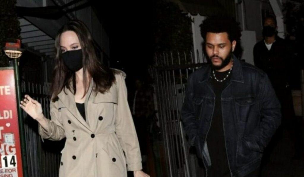 Angelina Jolie y The Weeknd fueron vistos juntos en un concierto