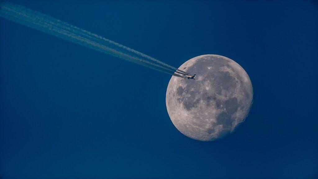 meteorización espacial de la Luna